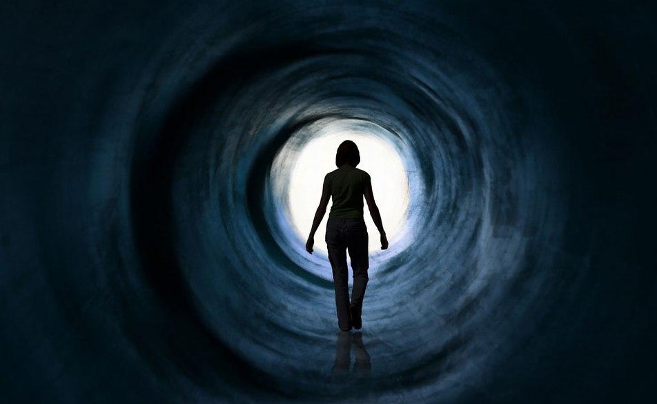 تونل نور هنگام احتضار، از منظر پزشکی