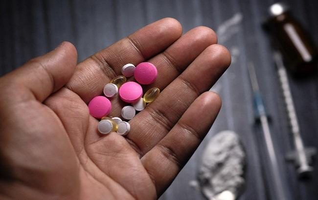 تایید اسپری نالوکسان توسط FDA برای درمان بیش مصرفی(اوردوز)  ناشی از مصرف اوپیوئیدها