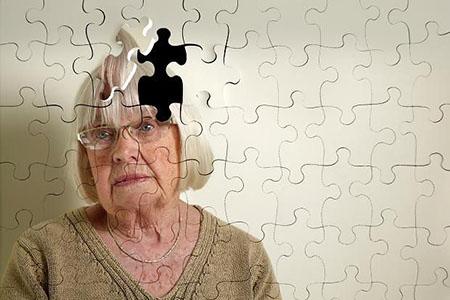 درمان ترکیبی و کاهش بیقراری بیماران آلزایمری
