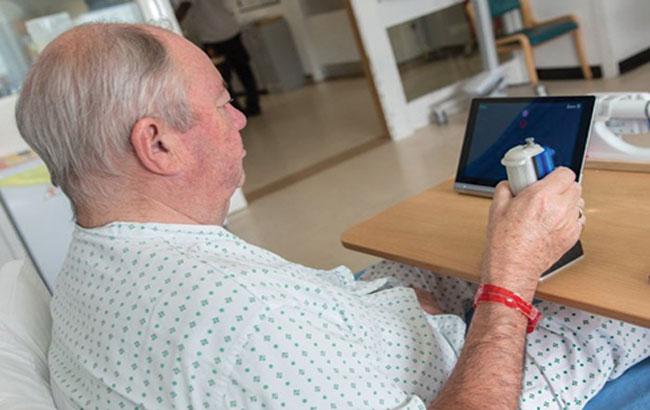 فیزیوتراپی مجازی برای بیماران فلج