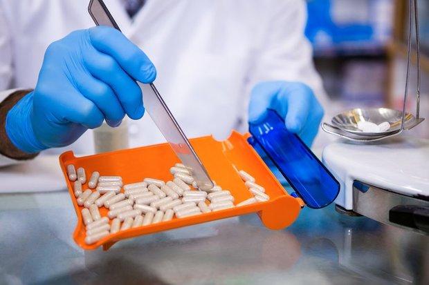 ۱۰۰ میلیون دلار صرفه جویی ارزی با تولید مواد موثره دارویی