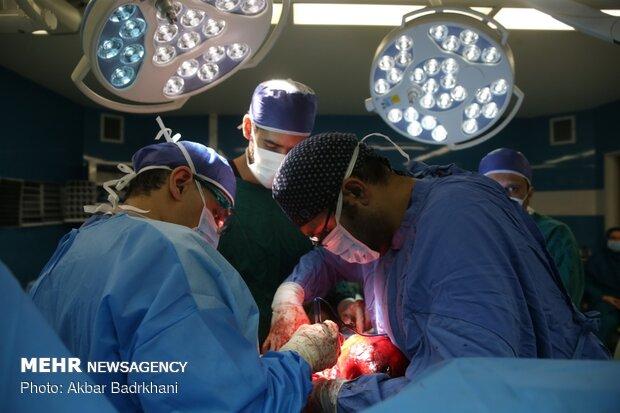 شرط ماندگاری پزشکان در مناطق محروم ایجاد انگیزه مالی است