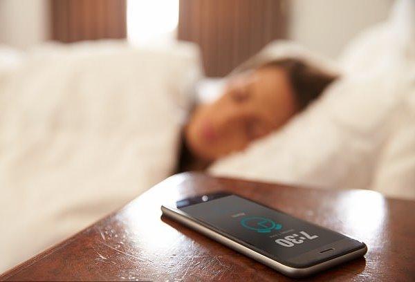 تاثیر منفی خواب کم بر سلامت استخوان های زنان