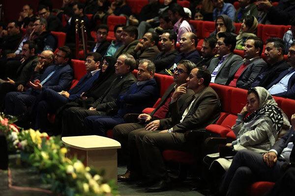 معرفی برگزیدگان ۲ بخش هنرهای تجسمی و ادبی جشنواره «سیمرغ»