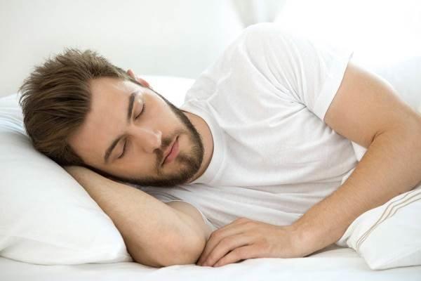 خواب عمیق موجب دفع مواد سمی مغز می شود