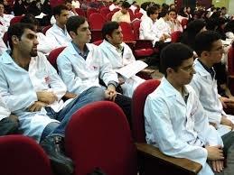 ضرورت توجه ویژه به آموزش دانشجویان علوم پزشکی در کسب مهارتهای اجتماعی