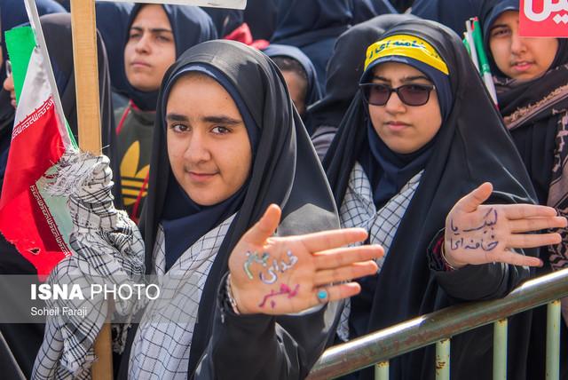 حاجیمیرزایی: مردم ایران در مقابل استکبار میایستند
