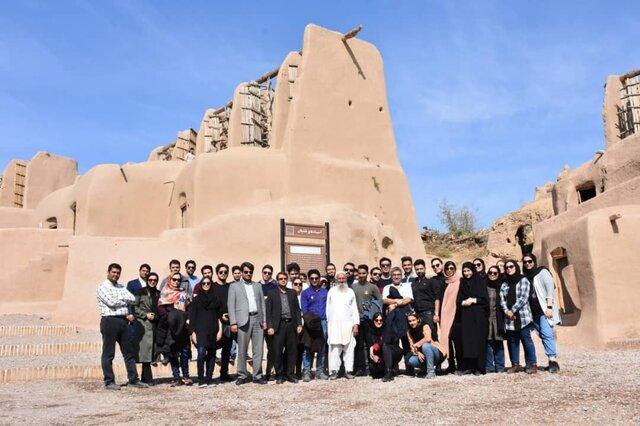 اعزام ۴۰ دانشجوی دانشگاه امیرکبیر به روستاهای خواف