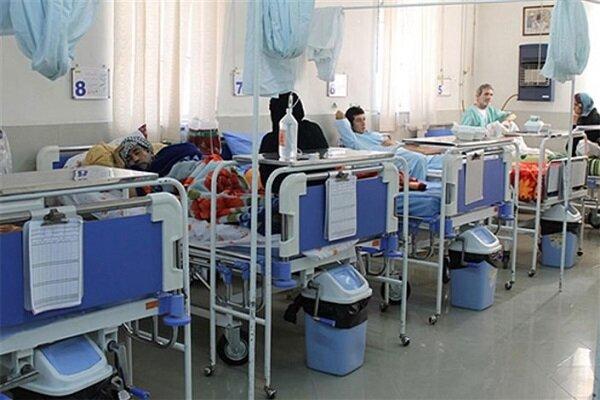 تلاش می کنیم هیچ خدمتی در بیمارستان ها حذف نشود