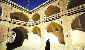 بناهای اضطراری تاریخی در شهرستانها به صورت مشارکتی مرمت و احیا میشود