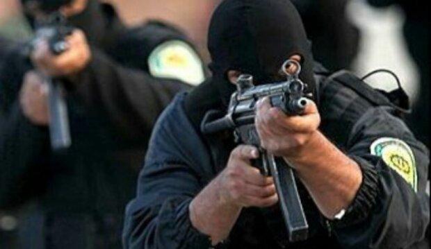پلیس در تعقیب عاملین تیراندازی در دهدسته شهر فسا است