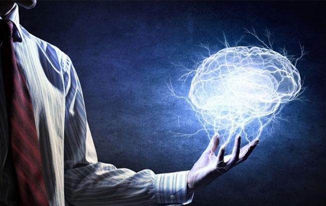 """"""" خود هیپنوتیزم  """"، روشی موثر برای کاهش اضطراب وشارژ انرژی درون"""